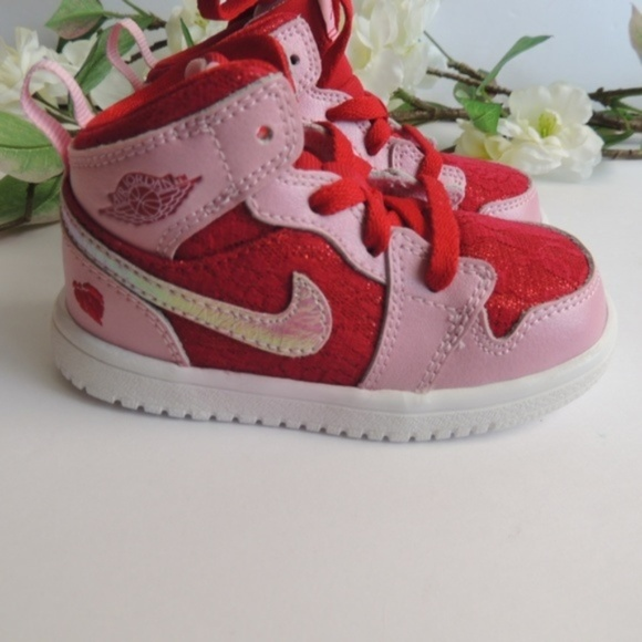 official photos 2cc55 c81d5 Jordan Other - Kid Jordans 1 Limited Edition Valentines Day 2013
